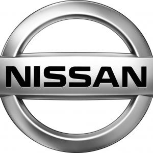 Framskärmar Nissan